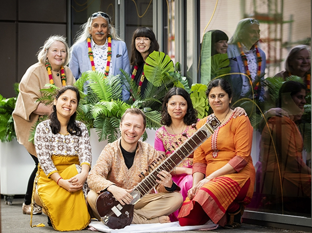 Pictured is Noirin McKinney, Arts Council for Northern Ireland, Sanjoy Roy, Festival Producer for the Jaipur Literature Festival, and Colette Norwood British Council Northern Ireland with members of Arts Ekta and Sitar player, Daniel Perswick